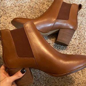 Madewell regan boot never worn! Size 7